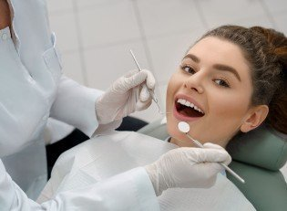 Diş Kaybını Önlemek İçin Yapabileceğiniz Çok Şey Var